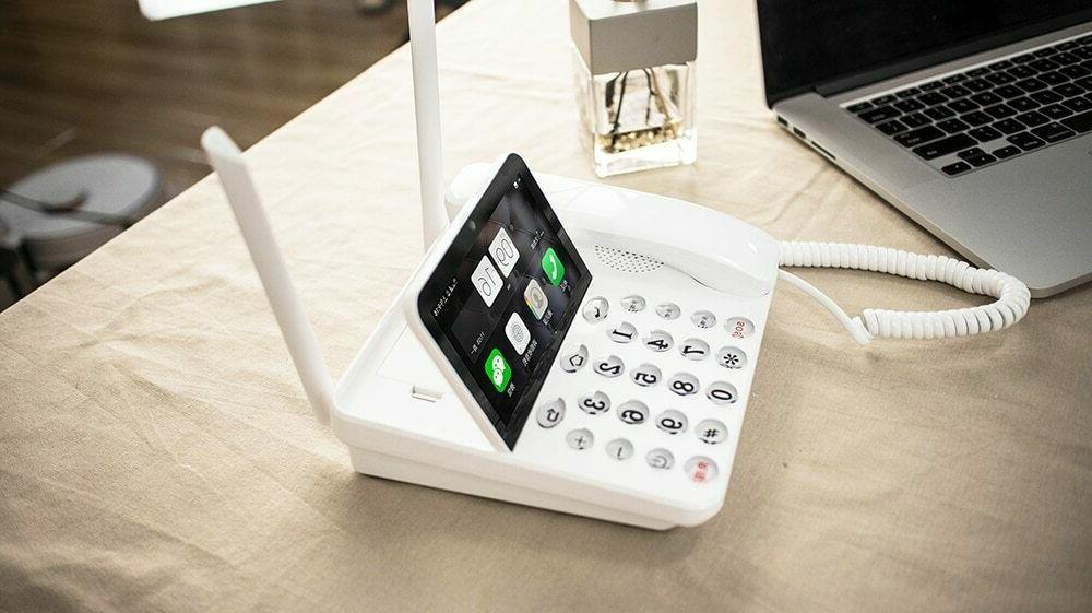 Smart LTE Land line Phone Android OS P1 internation and